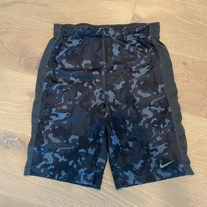 Nike Dri-fit Shorts Youth XL